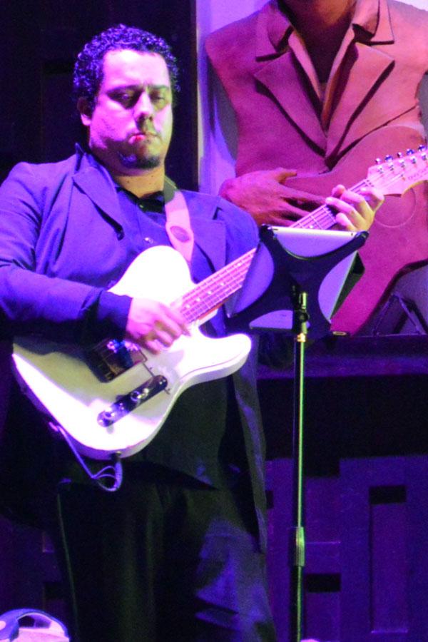 Aarón Retana - Guitarrista